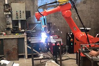 16 Important Applications for Industrial Robots